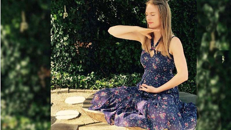 медитация момиче щастие